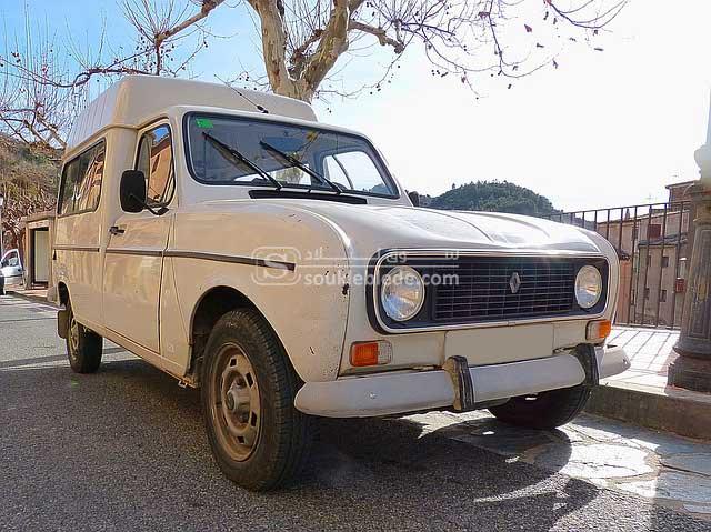 Renault-4-cabine